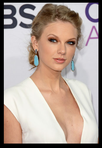 Gossip, Taylor Swift Boob Job